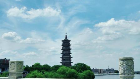 江西省抚州市临川区龙津大桥下面的安石公园--从崇仁返回路过