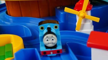 托马斯的轨道车玩具, 一起来冲冲冲吧