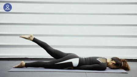 1个动作瘦脸瘦腿瘦肚子, 每天2分钟, 连做一周腿细了马甲线也有了