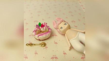 少女心草莓蛋糕手工制作