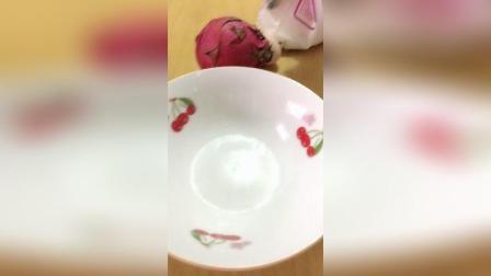 火龙果牛奶鸡蛋冰淇淋薄饼