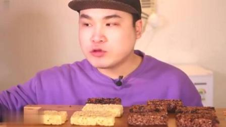 韩国吃播大胃王吃超大意大利巧克力和脆饼, 声音酥脆真好吃