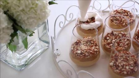 星级大厨的私房甜点制作秘籍, 焦糖慕斯布丁的制作方法