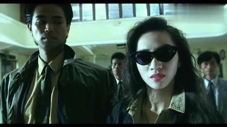 香港黑帮电影: 黑帮老大气势强大, 临危不惧和军方谈条件!