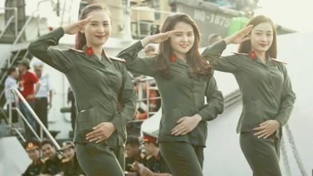 美军航母为何有大量华裔女兵? 得知答案让人寒心