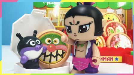 月采面包超人玩具  葫芦兄弟七娃面包超人披萨店叫外卖 吃披萨变细菌小子