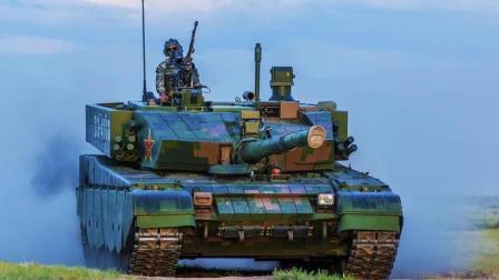 每日点兵 第四季 坦克炮究竟能有多准?1500米外秒平板电脑 狙击步枪弱爆了