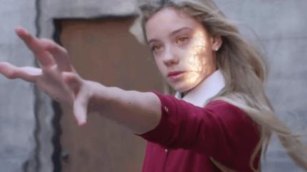 只要放一个貌美金发萝莉, 国产电影秒变欧美大片, 谁给的脸?
