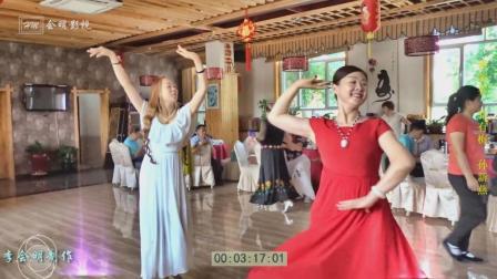 新疆舞双人舞玛纳斯骆有梅美女与孙新燕美女精彩表演2018.7.15.