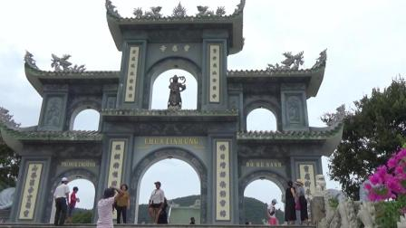 为什么越南的寺庙到处是中文? 连观音像都是一模一样的!