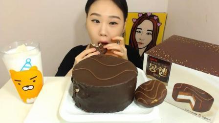 韩国大胃王卡妹, 吃巧克力蛋糕, 吃这么多不腻吗? 吃得太过瘾了