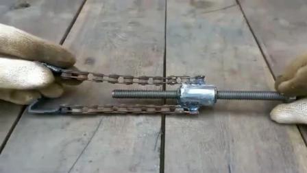 小伙自制一个轴承拉拔机, 材料非常简单, 实用性很不错