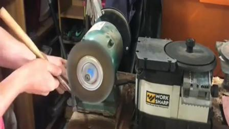 锤子也翻新, 真是有钱又闲还有工作室