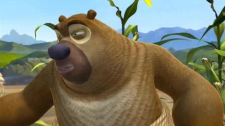 熊二打扮成稻草人, 光头强被吓一跳