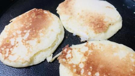 1碗面粉, 1个鸡蛋, 教你做无水无油无牛奶的小饼, 比面包还好吃!