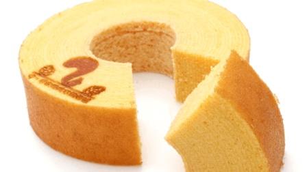 年轮蛋糕是如何制作的? 看国外糕点师的烘烤手艺, 想吃吗