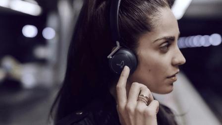 长期戴耳机可能会导致耳聋, 到底是不是真的?