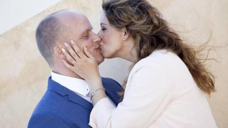 异地恋也能随时享受法式湿吻? 这个神器拯救了无数情侣!