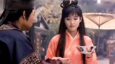 清纯美女豆腐西施被人调戏, 郭富城仗义相助英雄救美!