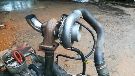 实拍涡轮增压发动机测试过程, 这声音听起来好有节奏感