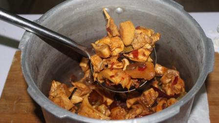 牛身上最老的部位, 高压锅一扔, 不加一滴水, 起锅多吃了两碗饭