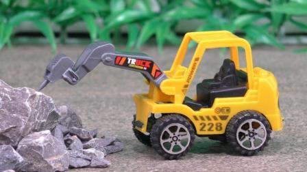 破碎机玩具车DIY组装工作表演 玩具拆拆乐工程车定格动画