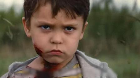 7岁小孩拥有无敌超能力, 一个眼神竟能引发爆炸, 场面震撼