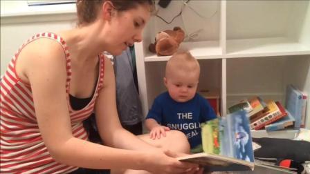 悲伤的萌书虫Emmett, 妈妈念书不要停我喜欢学习