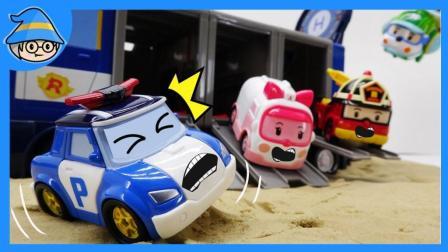 变身警车珀利的新玩具到啦~ 和珀利的移动基地一起登场的新一季, 新的营救任务~