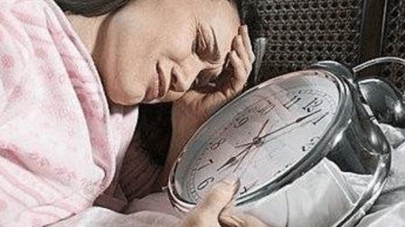 睡不着失眠怎么办? 教你1个土办法, 让你快速入睡, 可惜知道的不多