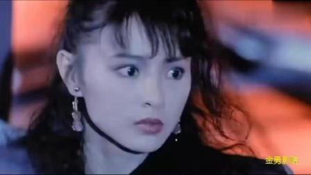 杀手天使李赛凤半路遭到一名美女杀手袭击, 两美女身手都不赖
