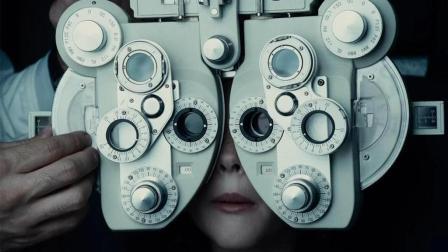 末日病毒爆发, 不断有人突然失明, 却怎么也找不出原因