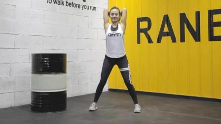 1分钟快速瘦手臂运动, 专减拜拜肉, 还能矫正驼背圆肩
