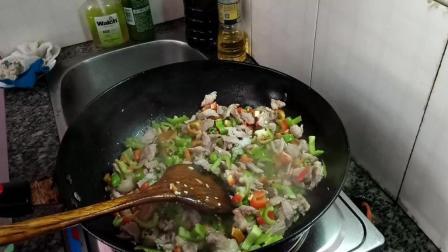 青椒炒肉怎么做才好吃
