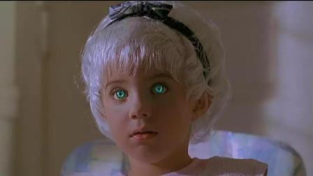 全村妇女一觉醒来全怀孕了, 生下来的孩子各个都有特异功能! 科幻恐怖电影《遭诅咒的村庄》