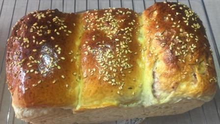 吐司面包最简单的做法, 轻轻按一按卷一卷, 蓬松柔软拉丝