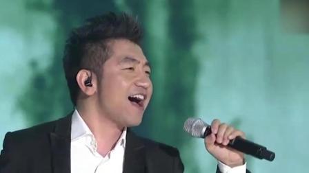 《沧海一声笑》还能这样唱, 吴彤纯净的嗓音, 让人记住了他!