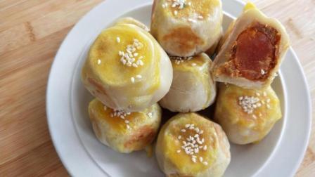 不用烤箱不用猪油, 一个电饼铛就能做出香酥好吃的肉松蛋黄酥