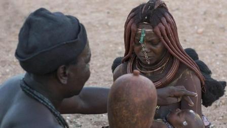 """在非洲最为""""开放""""的原始部落, 这里的女人无权拒绝男人的任何要求?"""
