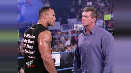 WWE大老板在巨石强森面前裤子都没穿好还被羞辱