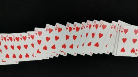 为什么扑克牌在手中一摸, 变成全部一样? 魔术机关在这个地方