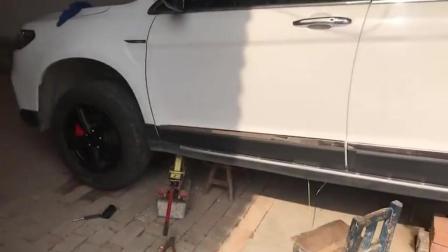 国产SUV哈弗H6改装分享, 熏黑轮毂配红色卡钳