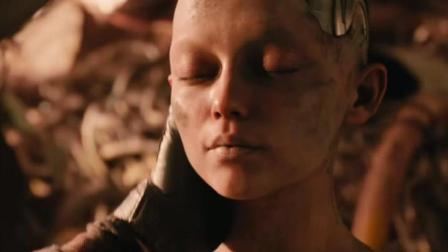 卡梅隆《阿丽塔战斗天使》预告, 大眼萌妹加狂战士身体曝光