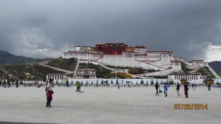歌曲: 天上的西藏--拍摄背景地: 布达拉宫