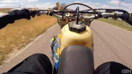 玩车还是滑胎摩托过瘾