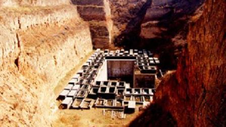陕西1怪地不长草, 专家好奇开挖, 不料发现秦始皇先祖大工程
