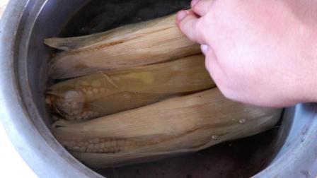 电饭锅里放点这东西煮玉米, 玉米香甜可口又好吃, 又学一招