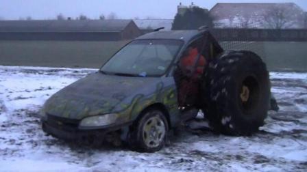这轮胎比车大, 轿车漂移漂断车篷, 这车谁敢开?