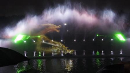 美爆!超震撼!大型裸眼3D水幕光影秀风靡深圳