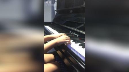 快乐的小天使二级钢琴弹奏